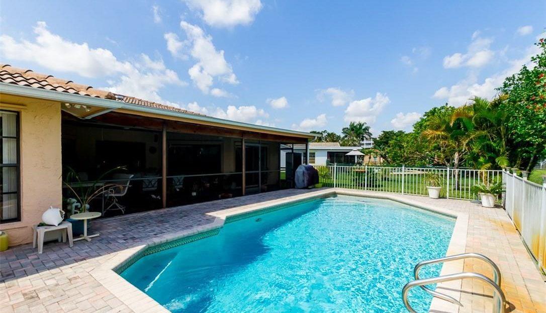 Swimming Pool Remodeling Contractor Boca Raton FL